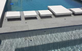 Finest Finish Blends - Universal Mini Pebble French grey pool