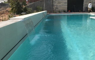 Sparkle Quartz White swimming pool
