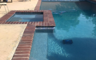 Universal Mini Pebble Agua Azul pool ledge